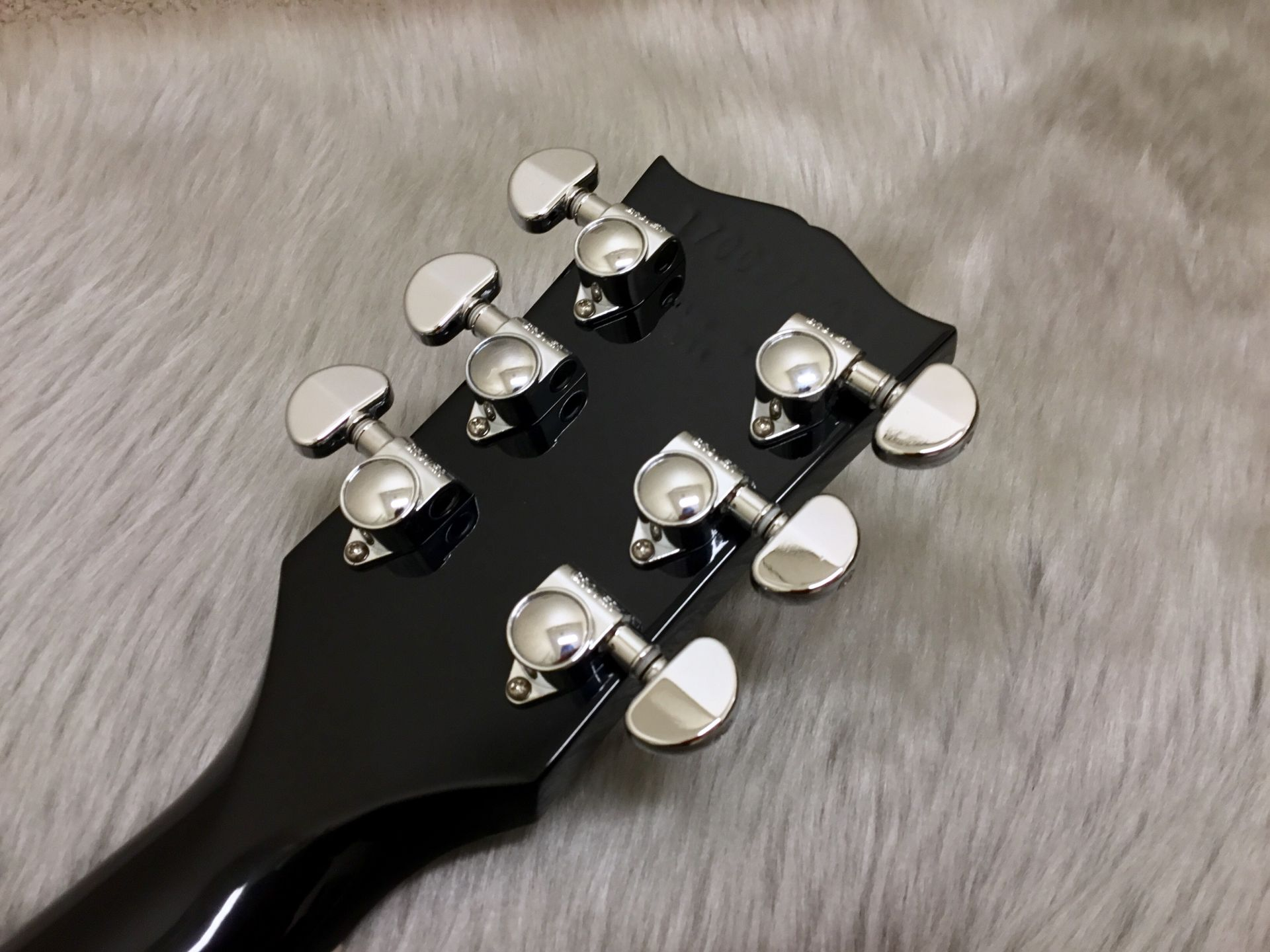 Gibson LesPaul Studio T 2017 Ebonyのヘッド裏-アップ画像