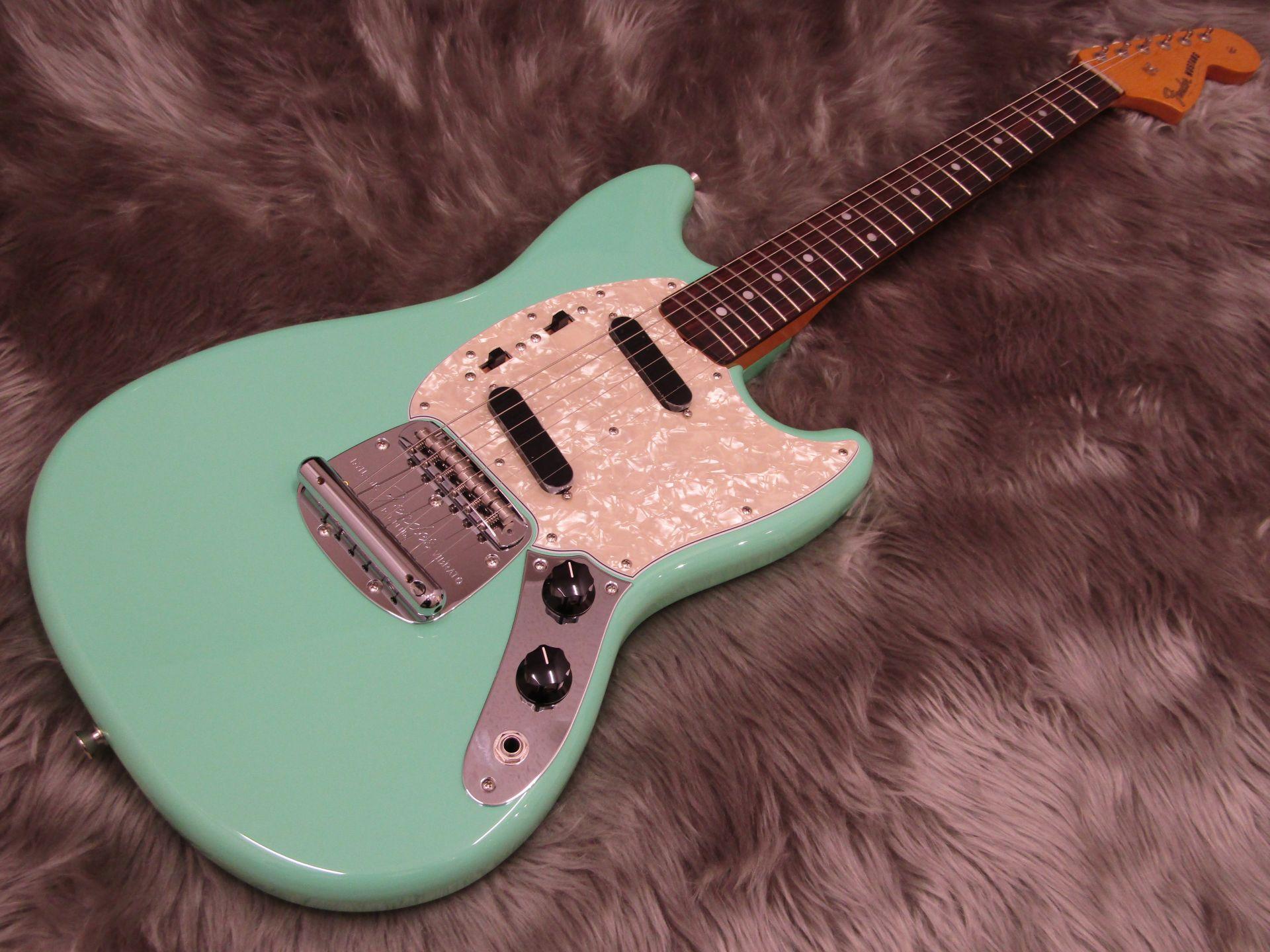 Fender  TRAD 60S MUSTANG 写真画像