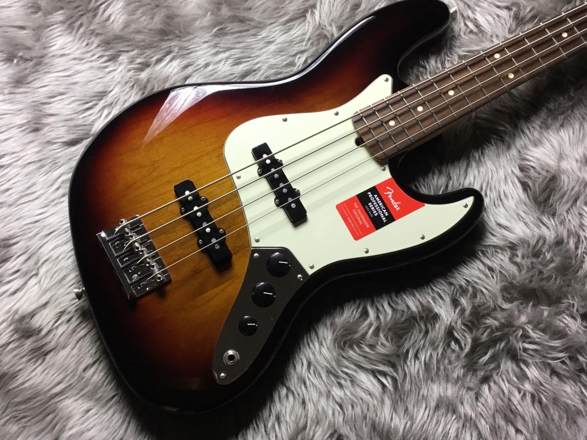 Fender  AM PRO JAZZBASS RW 写真画像