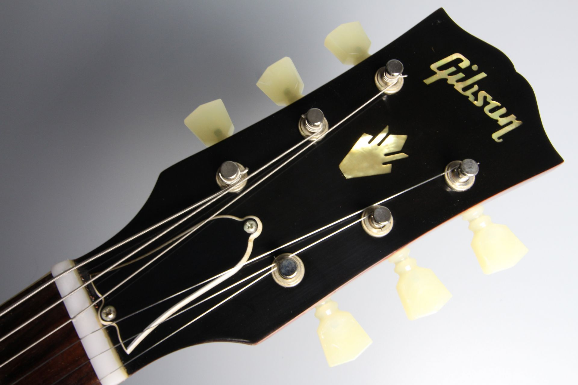 Limited Run 1963 ES-335 TDC VOS Sixties Cherryのヘッド画像