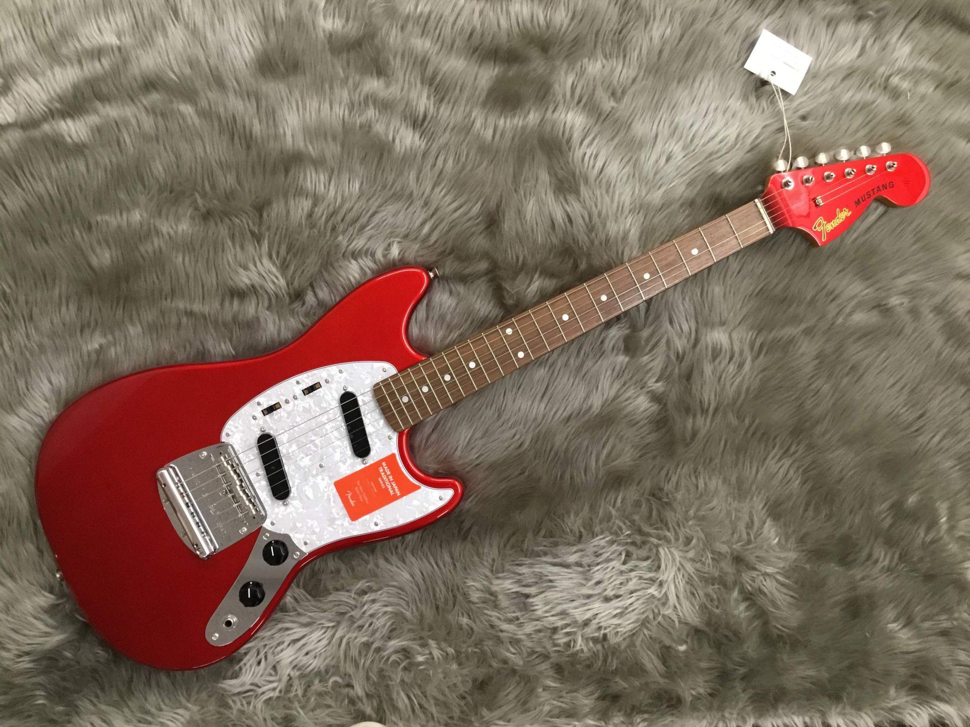 Fender  TRAD 70S MUSTANG MH 写真画像