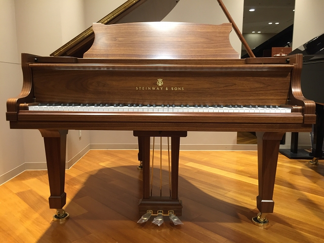 STEINWAY&SONS-S155-4-s