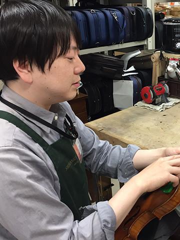技術者:シマムラストリングス秋葉原 石川