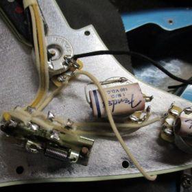 Fender 配線修理