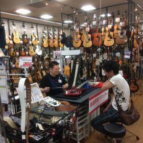 ギター&ベース無料点検会の様子